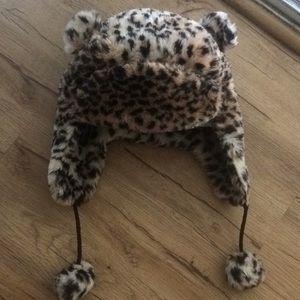 Cheetah Hood 🐯❄️BNWOT